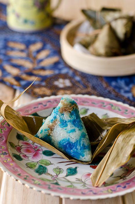 Puah Kiam Ti Chang / Nyonya Glutinous Rice Dumplings