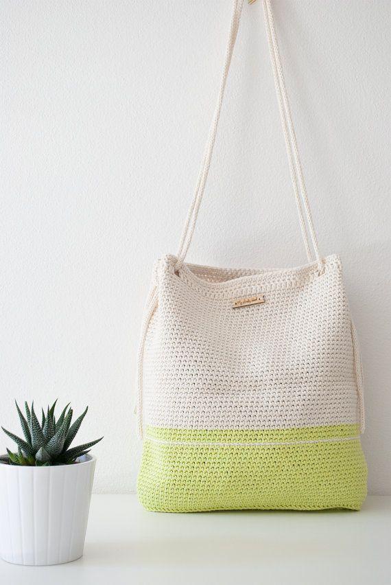 SCONTO 15% Borsa all'uncinetto My Lovely Bag Rome verde chiaro e bianco crema con manici in corda