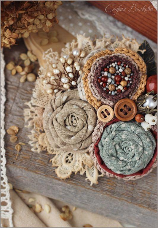 """Купить Брошь """"Листья октября"""" - брошь, текстильная брошь, брошь букет, букет, брошь цветок"""