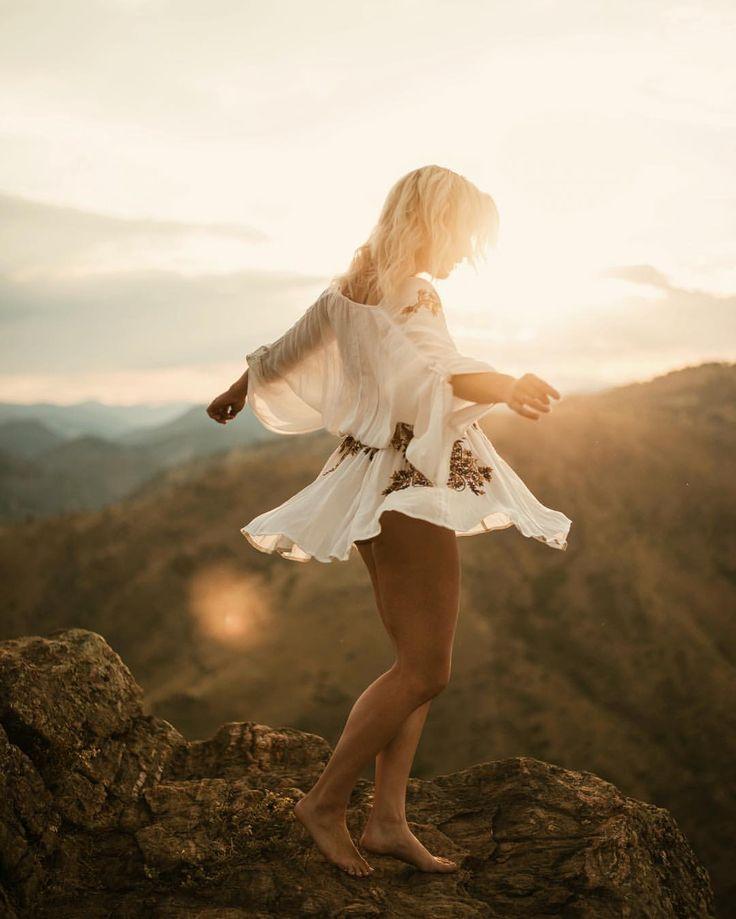 retratos femininos | ensaio feminino | ensaio externo | fotografia | ensaio fotográfico | fotógrafa | mulher | book | girl | senior | shooting | photography | photo | photograph | nature | light | leveza | sun | sunny | mountain