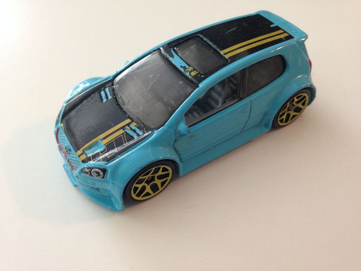Hot Wheels 1:64 Diecast 2003-2009 Mk V VW Volkwagen Golf GTI Blue Model Car #HotWheels #Volkswagen