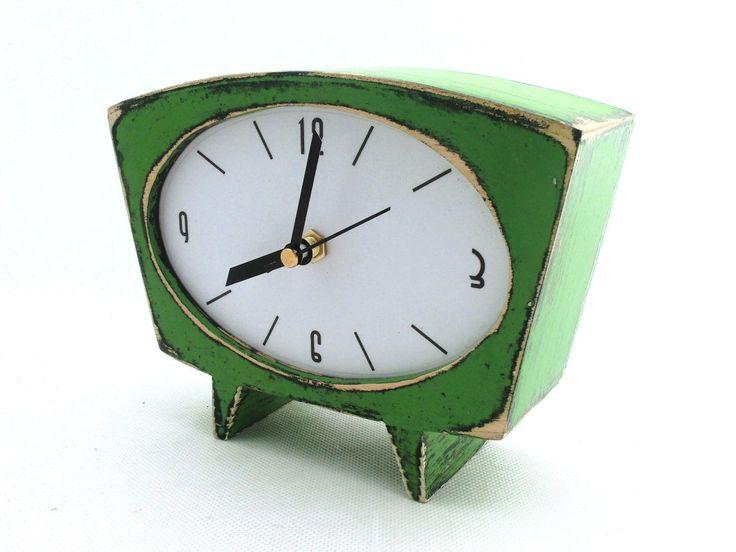 Desk Clock Green Wood Wooden Vintage 60s Style Unique Gift
