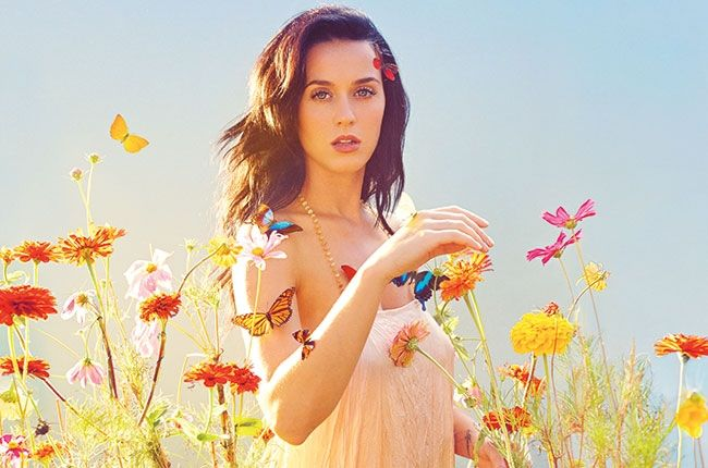 #katyperry's new track #By theGraceofGod & Katy with #ICONAPOP and #IGGYAZALEA at #itunesfestival closing show! - Watch HERE --> http://Beats4LA.com/katy-perry-by-grace-god-itunes-festival-premiere/?utm_source=PN