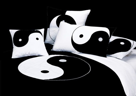 44 best ying yang things images on pinterest for Yin yang couch