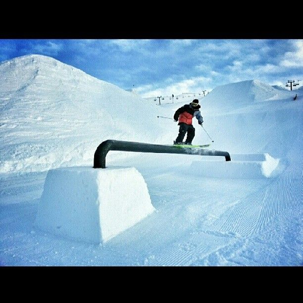 Alex from the crew testing out the freshly reset channel rail in the playzone. #Cardrona #Cardronaparks
