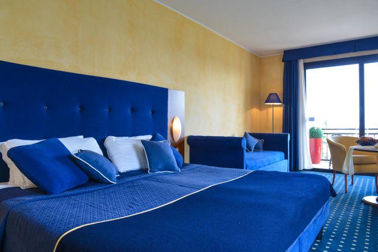 HOTEL DOUBLE ROOM www.villamaria.tv #desenzanohotel #gardalake #gardasee