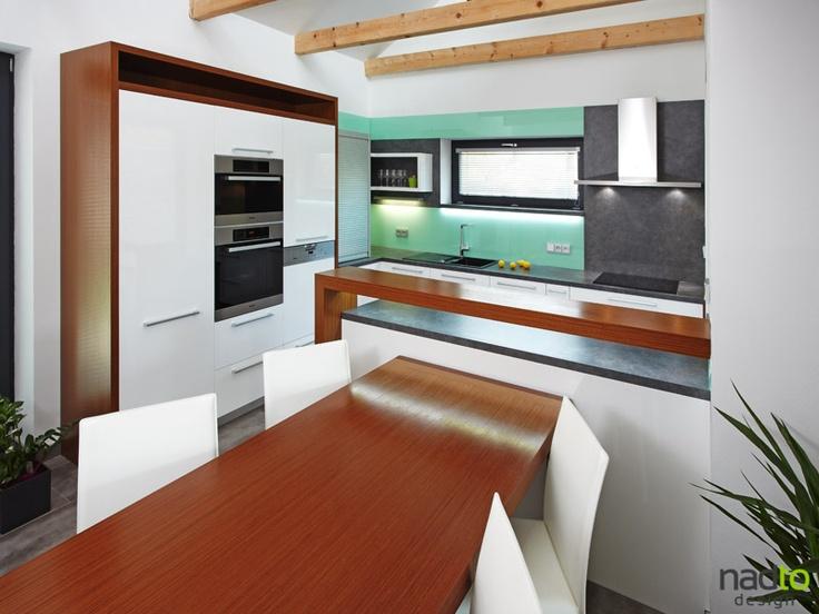 Krásné kuchyně.