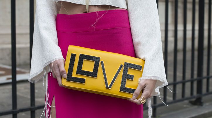 15 Statement Clutches That Actually Say Something