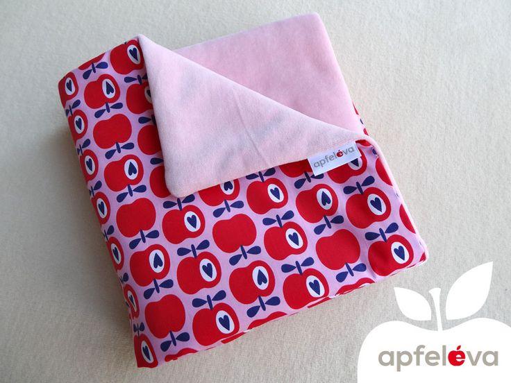 SWEET APPLES Kuscheldecke Krabbeldecke von apfeleva auf DaWanda.com