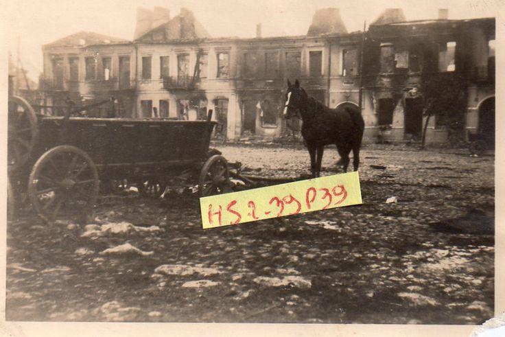 Polenfeldzug-1939-Marktplatz-ZAMBROW-in-Schutt-und-Asche-10-09-1939
