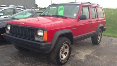 1996 Jeep Cherokee Sport http://www.style-for-cars.de/index.php/Auto-Fussmatten/Jeep-Fussmatten/Jeep-Patriot-Fussmatten-01.08.html