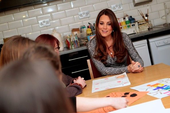 Kate Middleton Photos - The Duchess Of Cambridge Visits Hope House - Zimbio