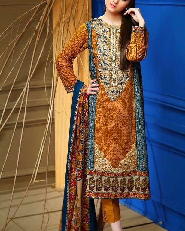 DESIGNER COLLECTION AVAILABLE PLEASE DM US FOR MORE DETAILS Or CONTACT US ON WHATSAPP NO. :923243270860 #designercollection #designerlawn #baloch#desi #shalwarkameez #designer #clothes#indian#embroidery #pakistan #dupatta #trousers#pakistanifashion #pakistaniactress #pakistanfashion #pakistanstreetstyle#karachi#karachites#baloch#lahore#islamabad#dresses#lawn#punjabi#kurti#balochi#pakistanidesigner by sarbazonlinedesignercollection