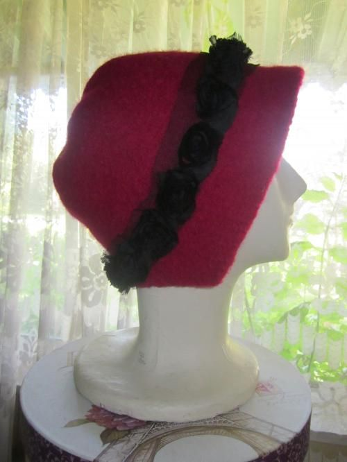 1920' Cloche Style Red Vintage Pure Wool Hat