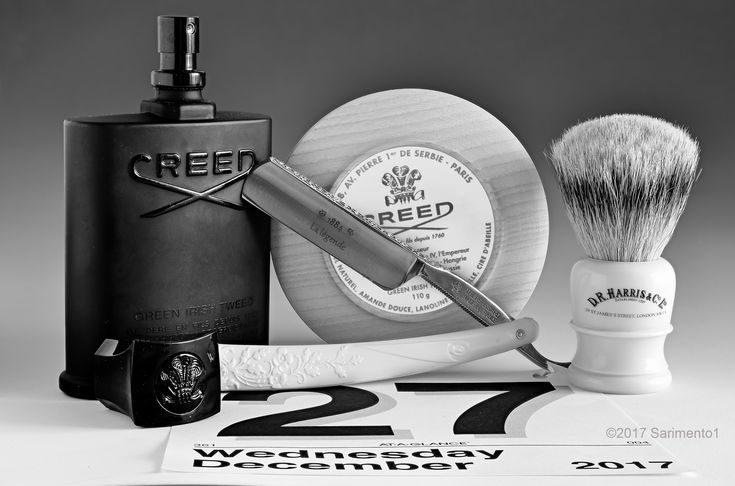 """Creed Green Irish Tweed shave soap and cologne, D.R. Harris badger brush, Thiers-Issard La Legende 6/8"""" straight razor, December 27, 2017.  ©Sarimento1"""
