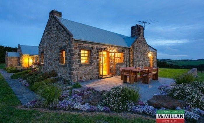 Bluestone or sandstone? The bedrock of inspiring homes: He Said/ She Said