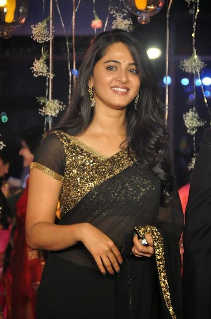Bollywood Actress Anushka Shetty Georgette Saree in Black color