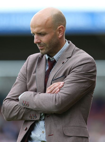 Paul Tisdale Photos Photos - Exter City manager Paul Tisdale looks on during the Sky Bet League Two match between Northampton Town and Exeter City at Sixfields Stadium on August 15, 2015 in Northampton, England. - Northampton Town v Exeter City - Sky Bet League Two