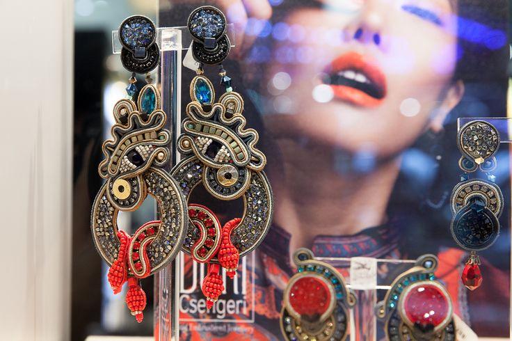 Our Venetian Dream couture earrings as seen on display at the Homi show, Milano  #doricsengeri #homi #milano #couturejewelry #coutureearrings #fw17 #falltrends #highfashion