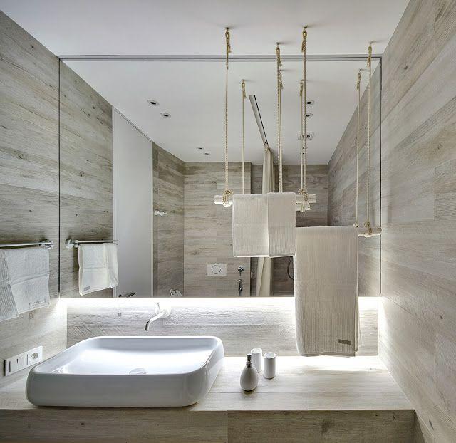 O locuinta in tonuri de alb, cu elemente de decor organice, naturale