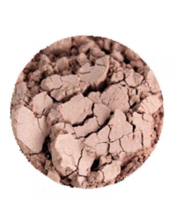 Erths Canvas Concealer har en myk og naturlig farge som passer fint til lyse hudtoner. Kan blandes med hudkrem dersom man foretrekker kremco...
