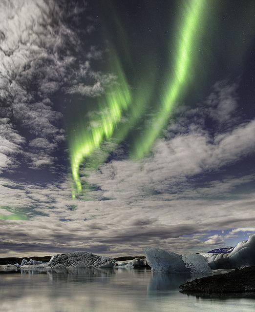 Aurora borealis above Jökulsárlón Glacial Lagoon in southeast Iceland (by Iceland Aurora).