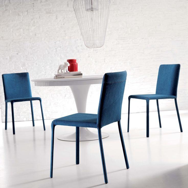 Sedia Lunette rivestita in tessuto blu