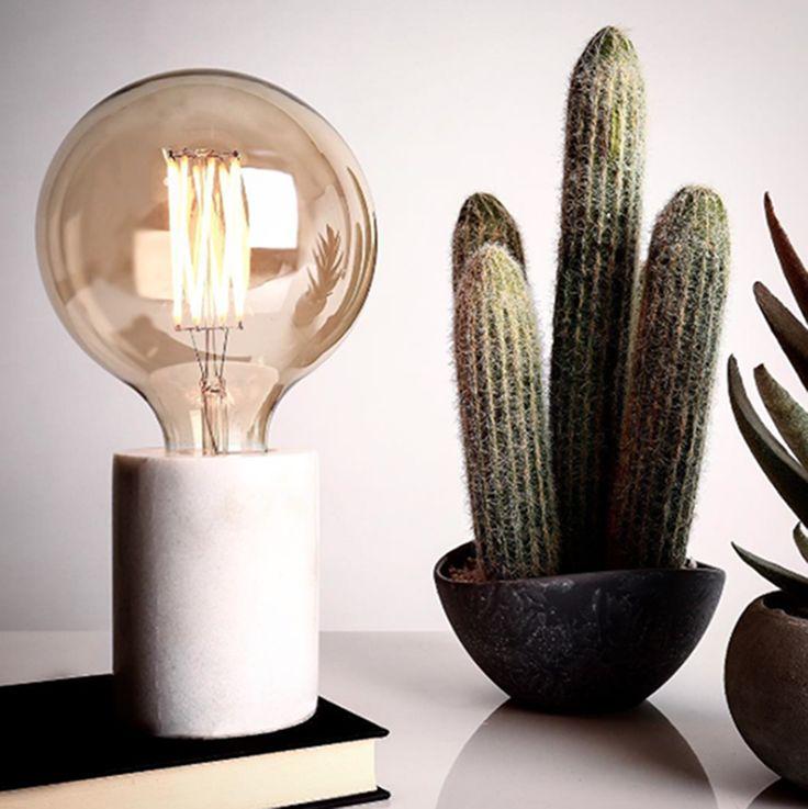 B R I S T O L Table light. Designed by Venessa Eilert. White marble. Frandsen Lighting A/S. Image Heals Furniture.