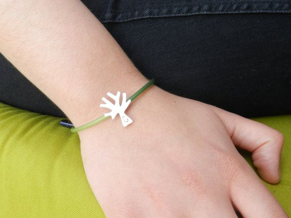 Silver olivetree bracelet with coral, rubber and onyx: Modern gift!