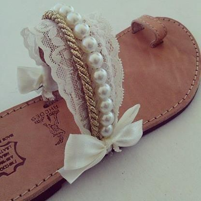 Callie - Handmade & More - Νυφικά σανδάλια με πλεκτή ελαστική δαντέλα, χρυσό σχοινί και πέρλες!