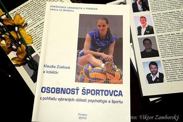 """Kniha """"Osobnosť športovca z pohľadu vybraných oblastí psychológie a športu"""" konečne uzrela svetlo sveta"""