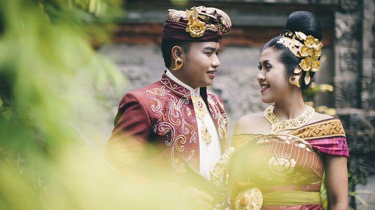 Some sneak peek from Hendar & Jolly Pre wedding photoshoot. Location: Museum Bali, Denpasar Bali
