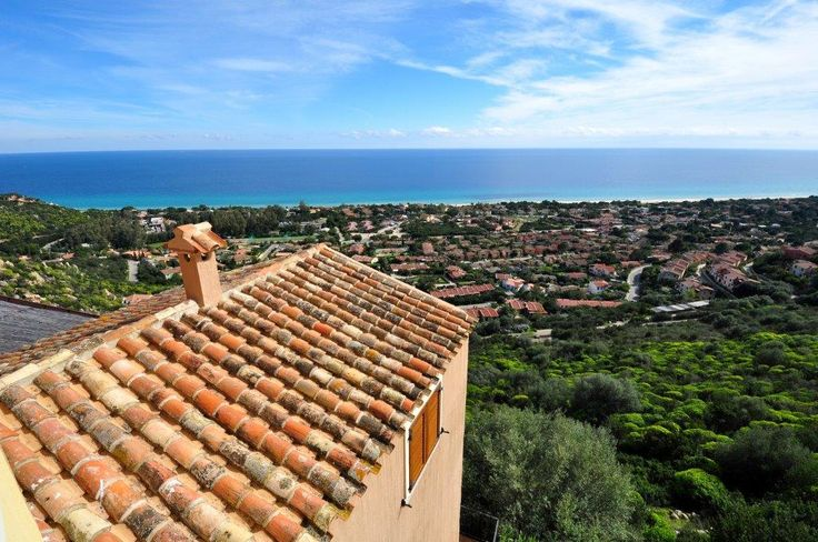 Goodmoring sunshine! (from our flat)   #italy #sardinia #costarei #sardegna #travel #traveltips #viaggi #vacanze #holidays