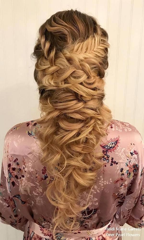 Top 18 Half Up Half Down Hochzeitsfrisuren von Heidi Marie Garrett - My Stylish Zoo #haarfarben #haarschnitte #haarfarbideen #haarmakeup