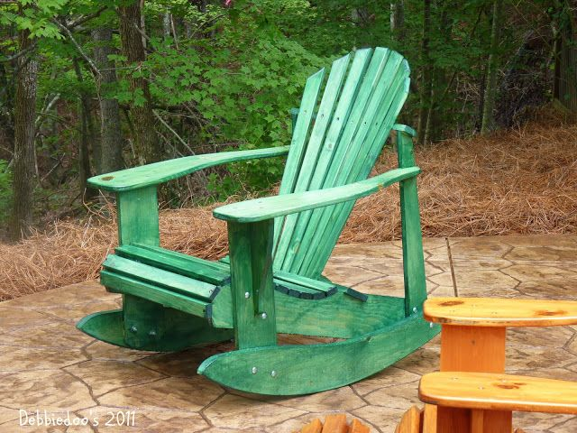 staining outdoor wood furniture