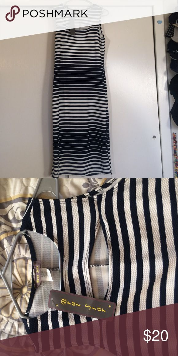 Bodycon Dress Navy blue and white bodycon dress. Size XL. Brand new with tags. I bought it and never wore it and now it's too big. It looks loose in the picture but when worn the dress is form fitting. When I bought it I wore a size 16 if you need a size comparison. Dresses Midi
