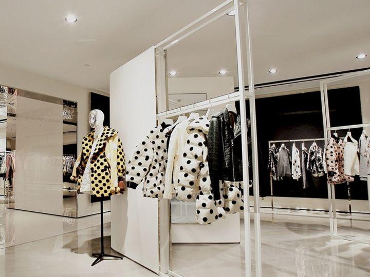 Корпоративный дизайн магазинов одежды Dazzle в Китае