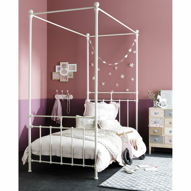 17 best images about lit baldaquin enfant on pinterest pastel metals and armchairs. Black Bedroom Furniture Sets. Home Design Ideas
