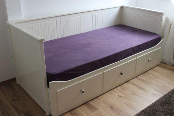 25 melhores ideias sobre ikea kleinanzeigen no pinterest besenschrank cozinha reciclada e. Black Bedroom Furniture Sets. Home Design Ideas
