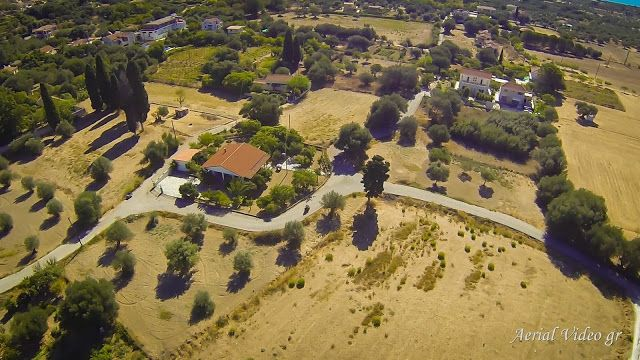 I see the village from above svoronata kefalonias