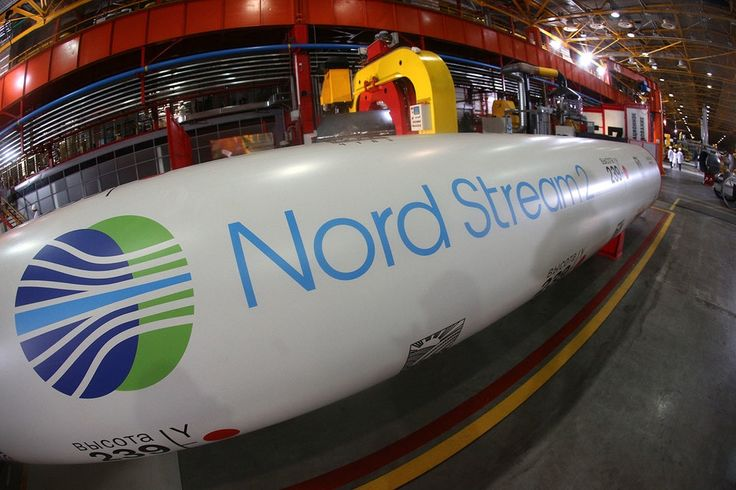 «Северный поток-2» подрывает энергетическую безопасность Европы? http://feedproxy.google.com/~r/russianathens/~3/LKjpctOaxY4/23491-severnyj-potok-2-podryvaet-energeticheskuyu-bezopasnost-evropy.html  По авторитетному мнению Жан-Клода Юнкера, главы Еврокомиссии, страны Евросоюза пока не могут прийти кединому мнению относительно выдачи ЕКмандата напереговоры сРоссией погазопроводу «Северный поток-2». Поегословам, вряд лиудастся очем-тодоговориться вближайшее время.