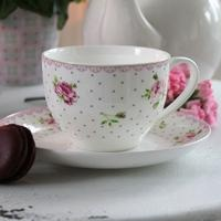 Cottage rose - china with roses and pastels