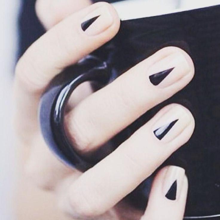 make it sharp  #셀프네일 #cute #nailartjunkie #fashion #art #watercolor #beauty #ネイルサロン #watercolornails #naildesign #nailsalon #nail #selfnail #네일 #design #polish #wedding #watercolornail #ネイルアート #pikapika_nails #ネイル #nailart #nailswag #수채화네일 #젤네일 #gelnail #네일아트 #nailpolish #젤아트 #watercolornailart