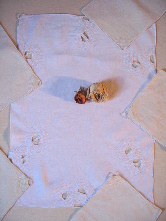Napperon 5 serviettes en lin / Ancienne petite par LMsoVintage