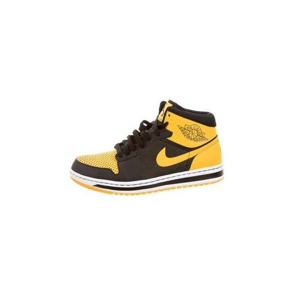 Pre-owned Nike Air Jordan 1 Retro Sneakers ($125) ❤ liked on Polyvore featuring men's fashion, men's shoes, men's sneakers, mens sneakers, mens high top sneakers, mens hi tops, mens ties and mens high tops
