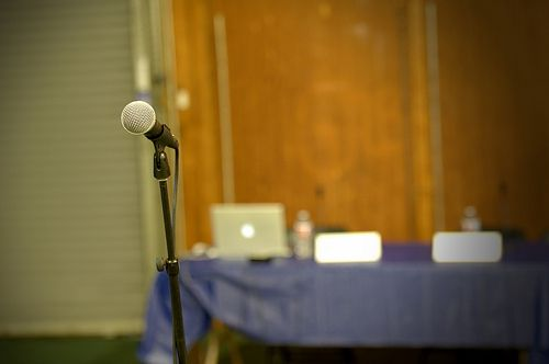 3 Inventive Ways to Track Down Potential Speakers for Your Next Event