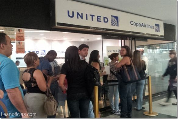 Venezolanos trajinan para conseguir pasajes aéreos - http://www.leanoticias.com/2014/03/28/venezolanos-trajinan-para-conseguir-pasajes-aereos/