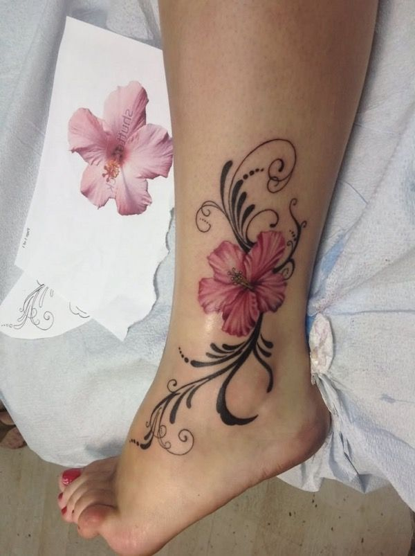 Small Elegant Ankle Tattoos For Women Page 39 Chic Cuties Blog Tattoos For Women Flowers Ankle Tattoos For Women Tattoos For Women