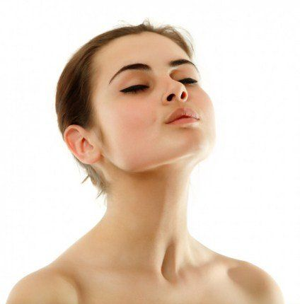 Chin Up - 8 Exercises And Home Remedies Tips To Get Rid Of Neck Fat And Double Chin fast