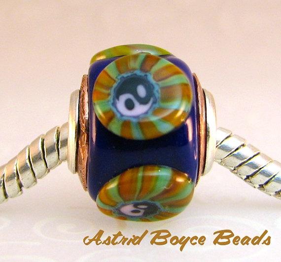 Yin and Yang  Charm Bead European Lampwork  by AstridBoyceBeads, $18.50